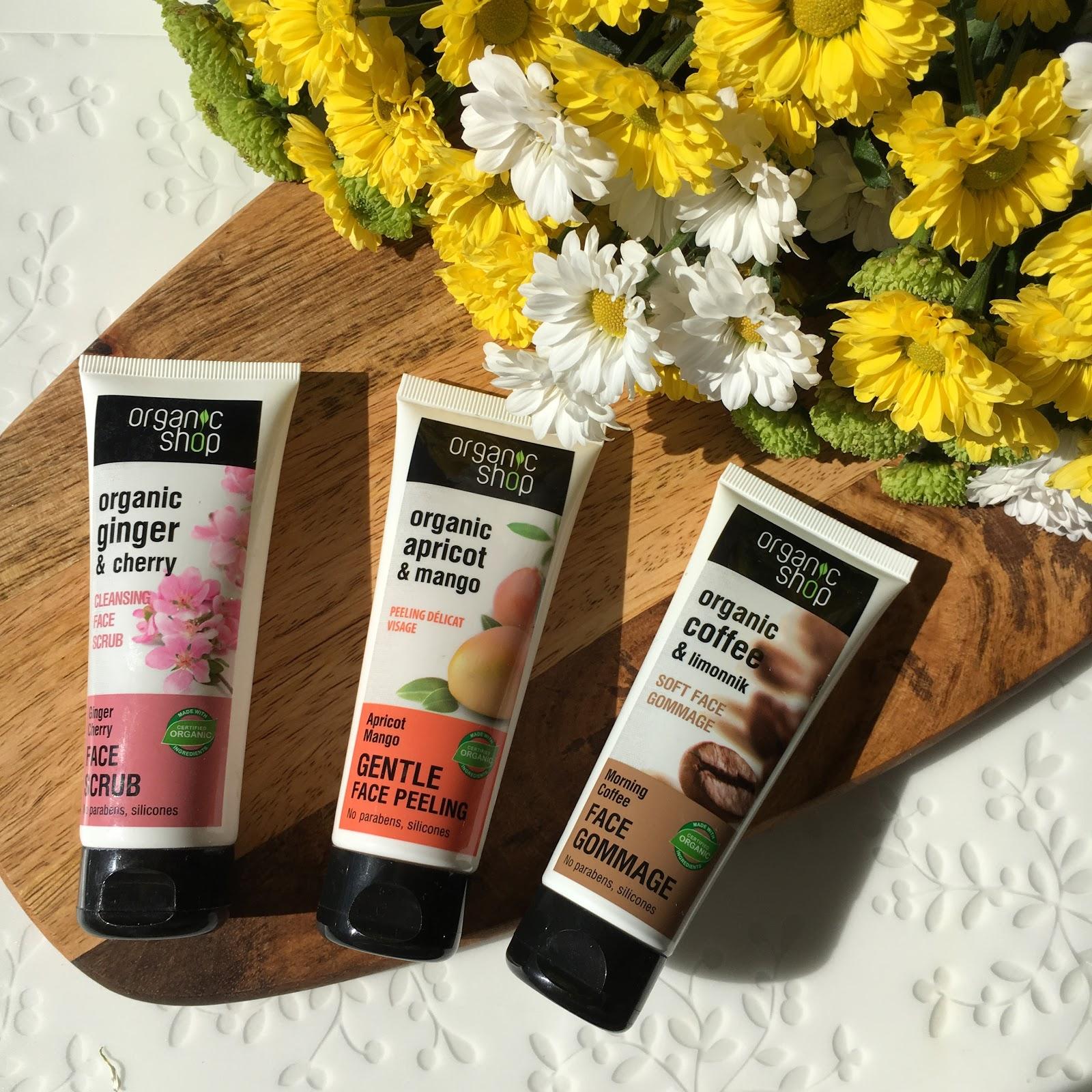 Peelingi z Organic Shop w 3 odsłonach: Oczyszczający scrub do twarzy - Wiśnia Imbirowa, Delikatny peeling do twarzy - Morela i Mango oraz Delikatny peeling do twarzy - Poranna kawa.