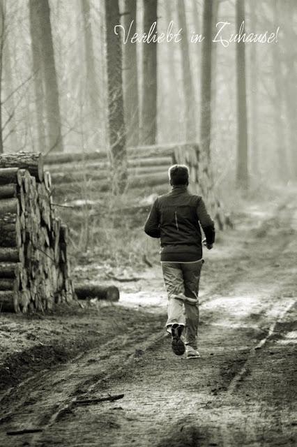 2in1 Fotoprojekt: Doppelbelichtung in Photoscape -Ausgangsbild 2 ist der Läufer im Wald