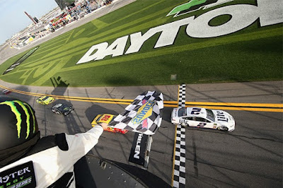 The six Ford's ran strong from the start of the race with the Ford FR9 EFI engines under the hoods. #NASCAR
