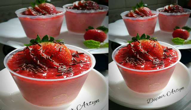Resep puding yoghurt strawberry