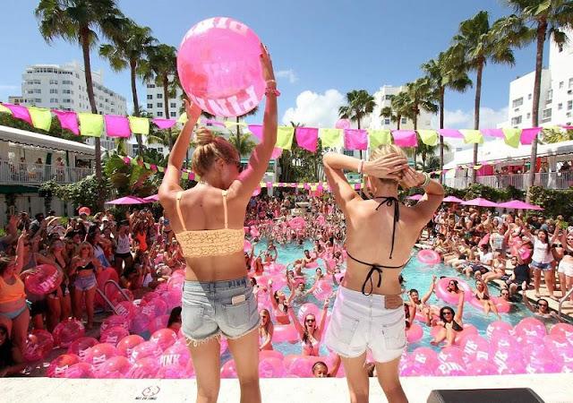 Movimentação de turistas em Miami em março