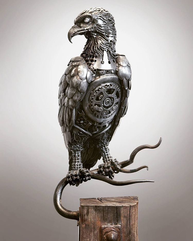 16-Osprey-Alan-Williams-Animals-Sculptured-with-Recycled-and-Upcycled-Metal-www-designstack-co