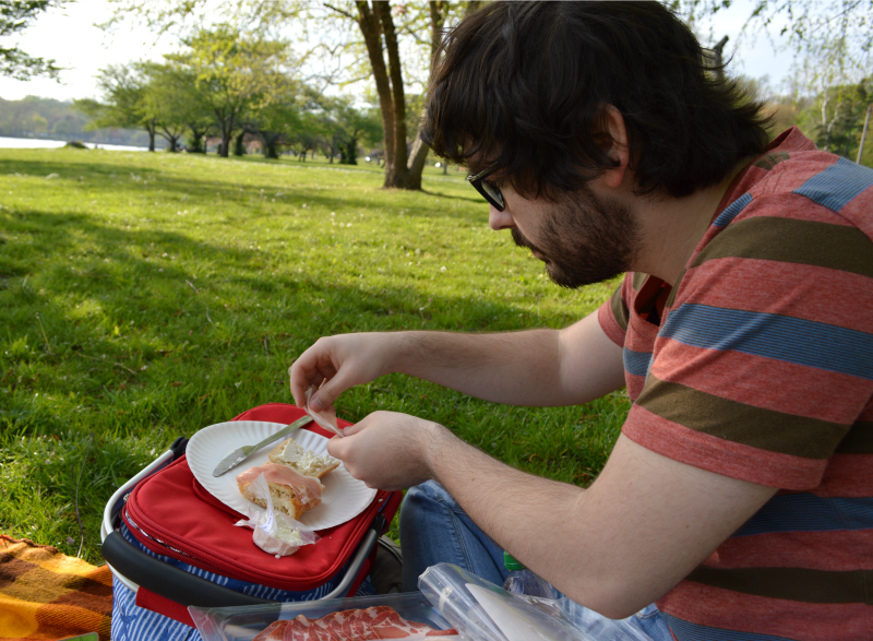Picnicking by the Schuylkill River | Organized Mess