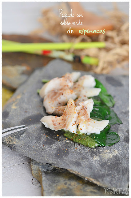 Pescado con salsa verde de espinacas