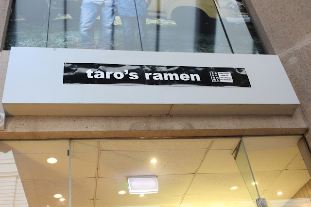 Taro's Ramen - Cassie Cakes Review