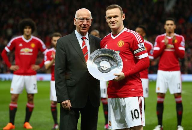 Rooney Didukung Bobby Charlton Pecahkan Rekor Golnya di MU