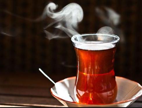 Resiko Teh Panas Bagi Perokok Dan Peminum Alkohol