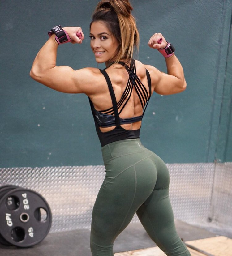 Cassandra Martin Fitness Models with Muscle