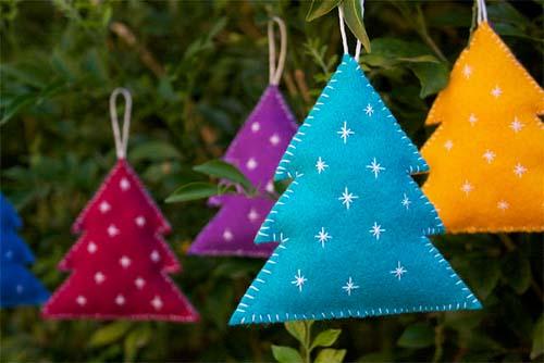 C mo hacer adornos para el rbol de navidad con fieltro - Arbol de navidad de fieltro ...
