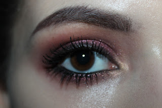 burgundy red smokey dramatic eye makeup eyeshadow drugstore