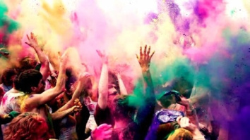 Happy-Holi-Images-for-whats-app