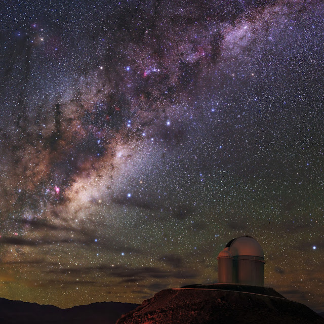 Milky Way, Alpha Centauri AB and Proxima Centauri seen over La Silla Observatory
