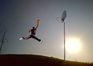 9th Circuit 'slam-dunks' claim of copyright infringement by Nike photograph of Michael Jordan and 'Jumpman' logo