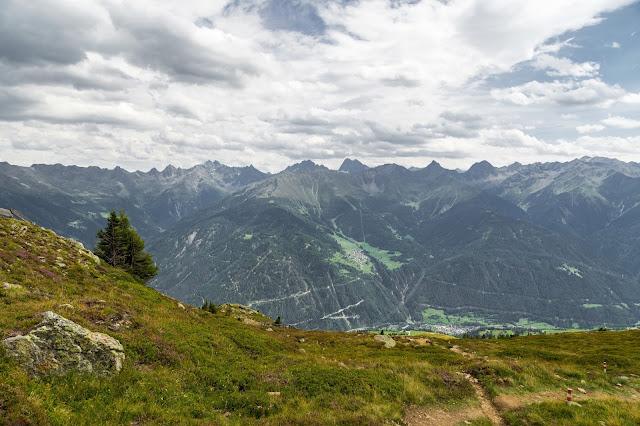 Alpenrosensteig vom Fisser Joch nach Fiss  Wanderung Serfaus-Fiss-Ladis