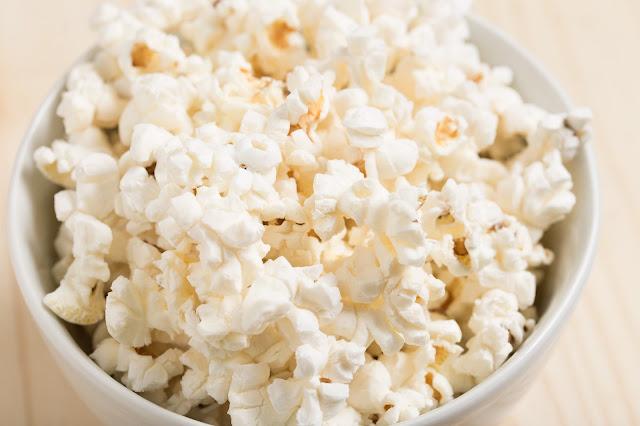 É muito bom ver um filme comendo algo gostoso