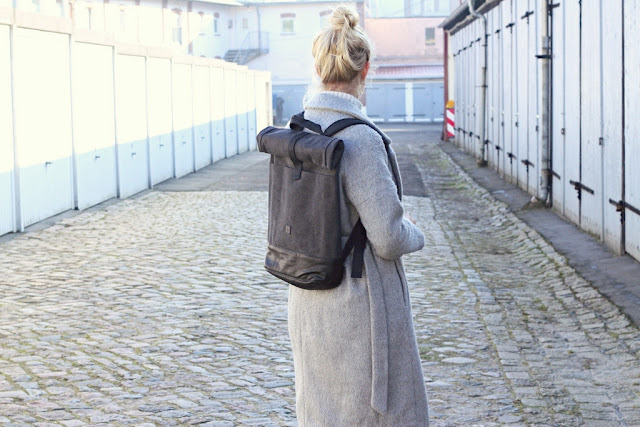 German Fashion Blog Fleur Et Fatale Outfit mit Rucksack von About You Ucon Acrobatics und Fjällräven