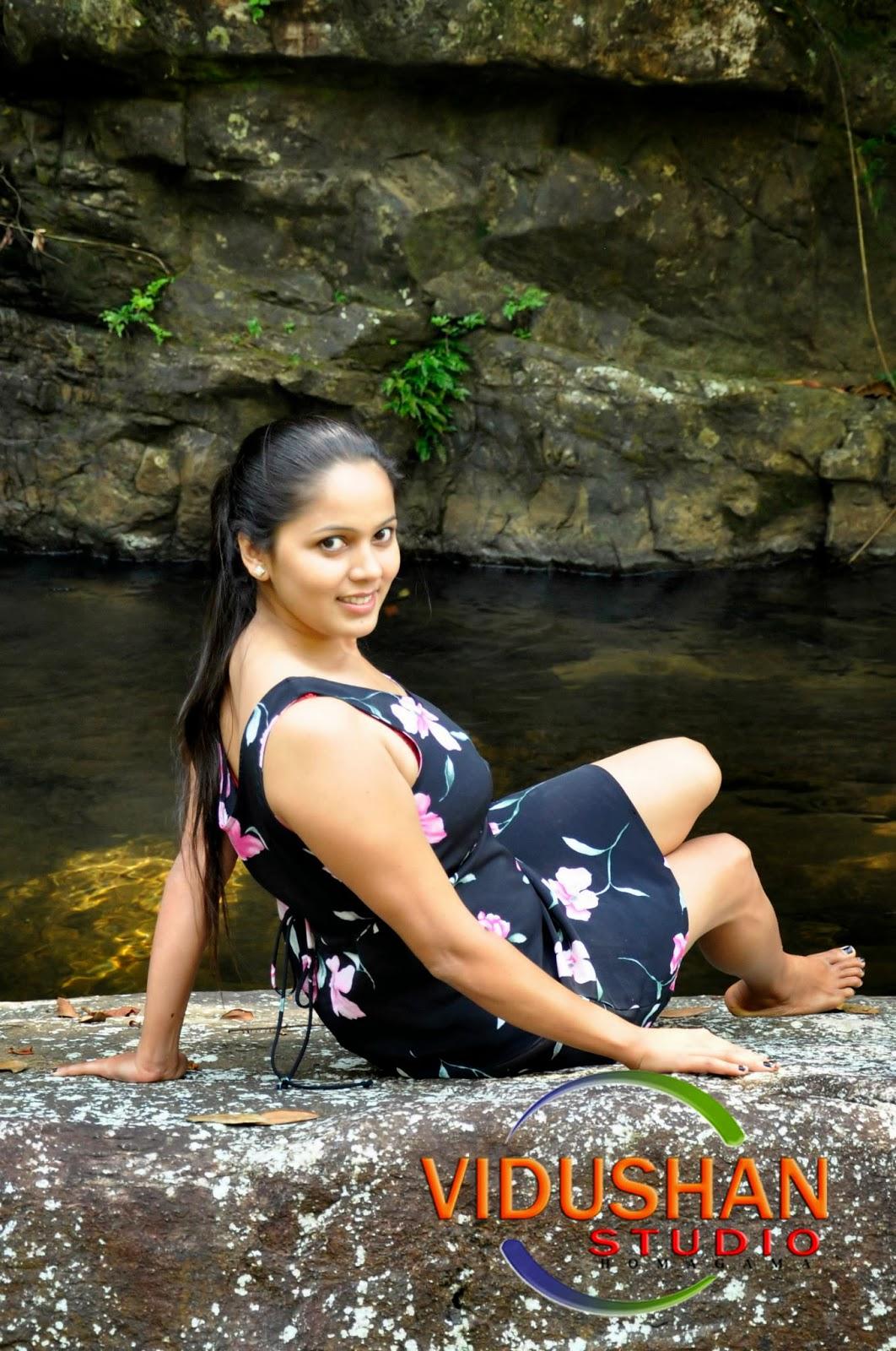 SL Hot Actress Pics: Nethu new hot