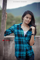 Kundratthiley Kumaranukku Kondattam Tamil Movie Actress Riyamikka Po Shoot Images  0003.jpg