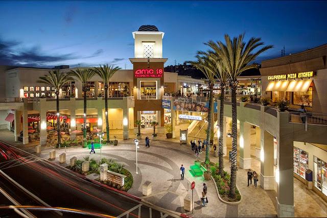 Santa At Fashion Valley Mall