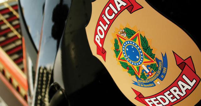 PF desarticula grupo criminoso especializado em tráfico de drogas e de arma
