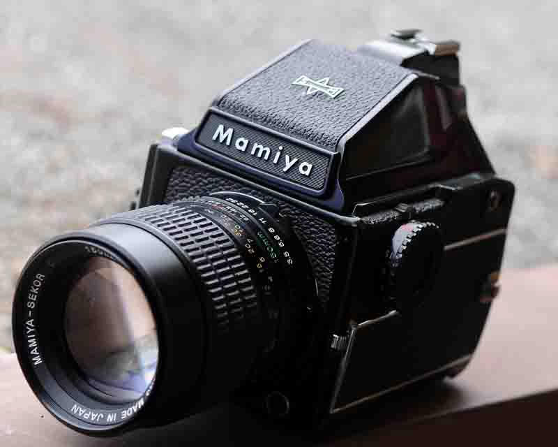 photographNic blog: Medium-Format Film: Mamiya M645 1000s