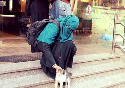 percayalah jilbab akan membuat dirimu terlihat lebih istimewa