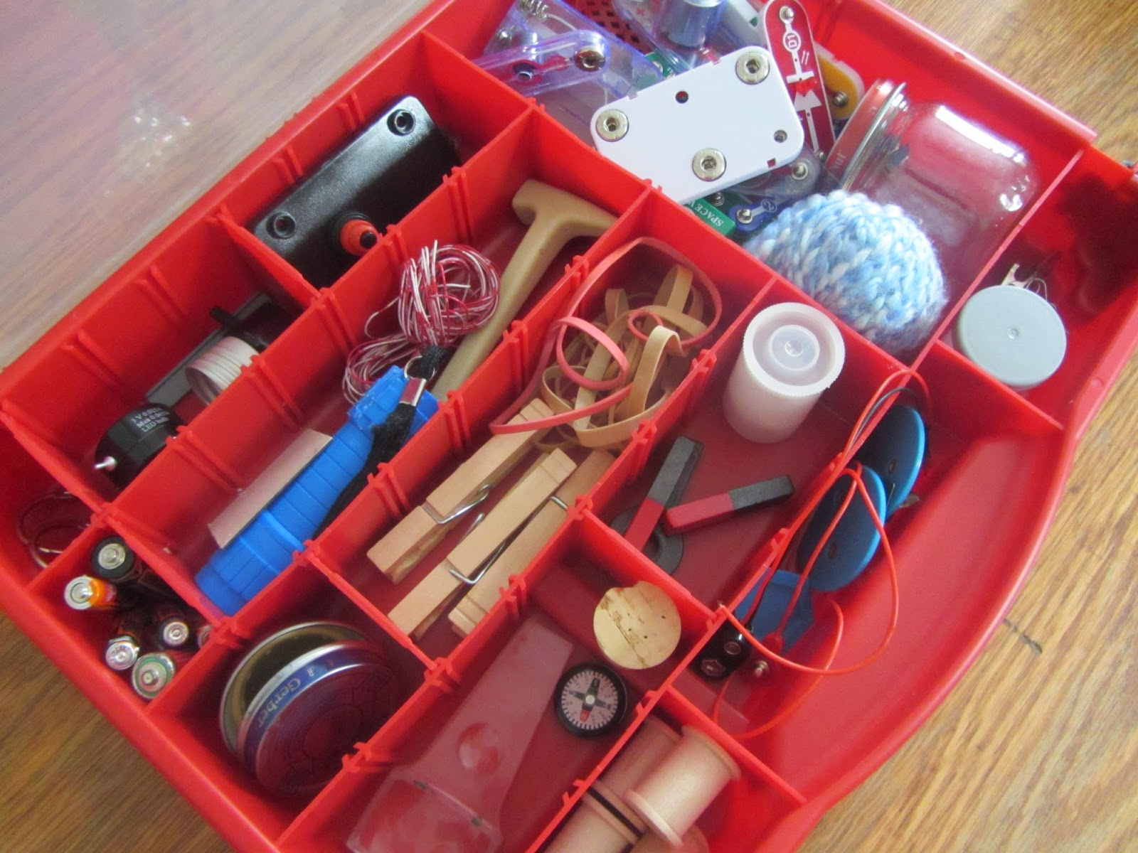 science tinkering kit