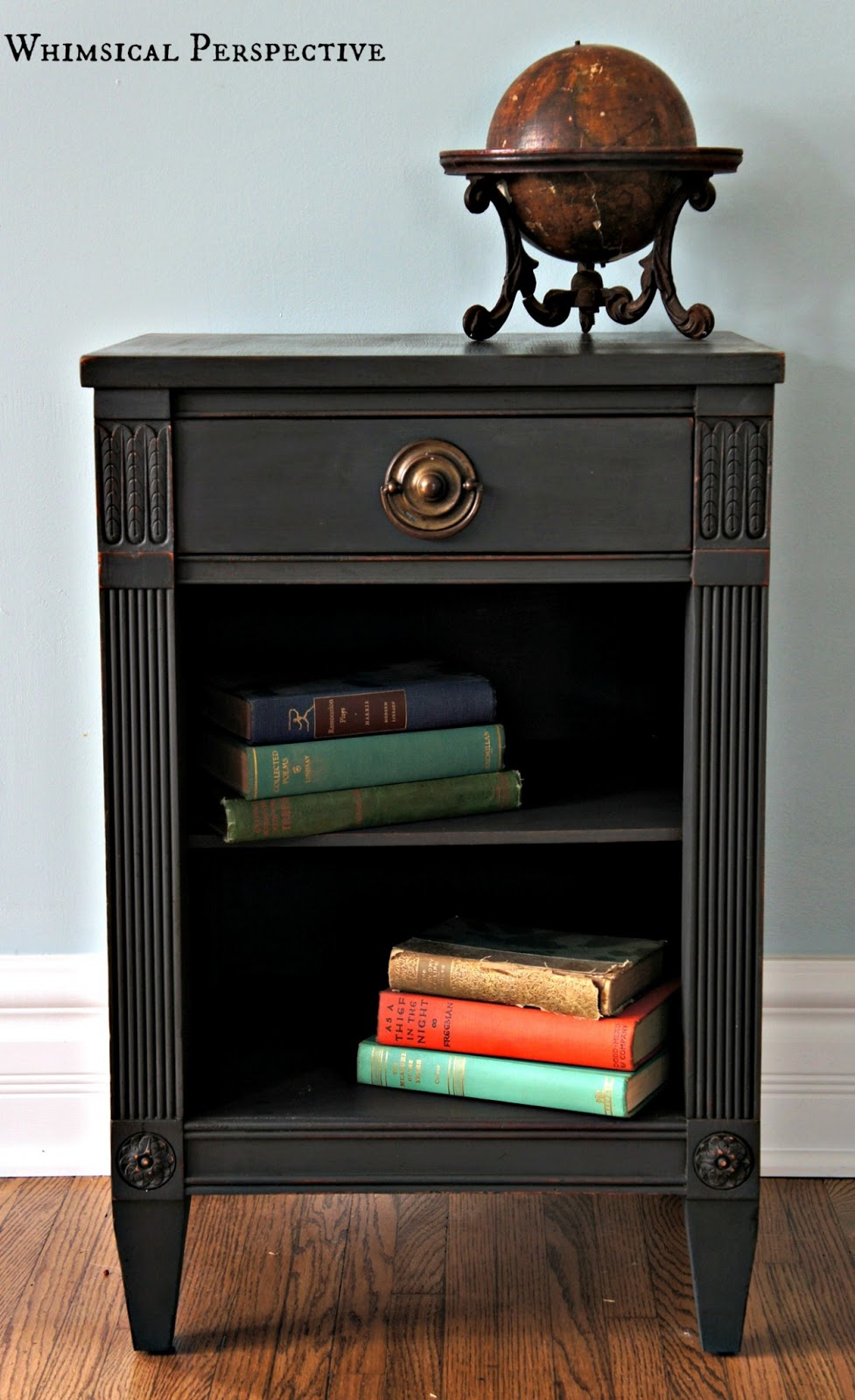 Populair Whimsical Perspective: Meet Graphite: My Annie Sloan Chalk Paint  @ZJ36