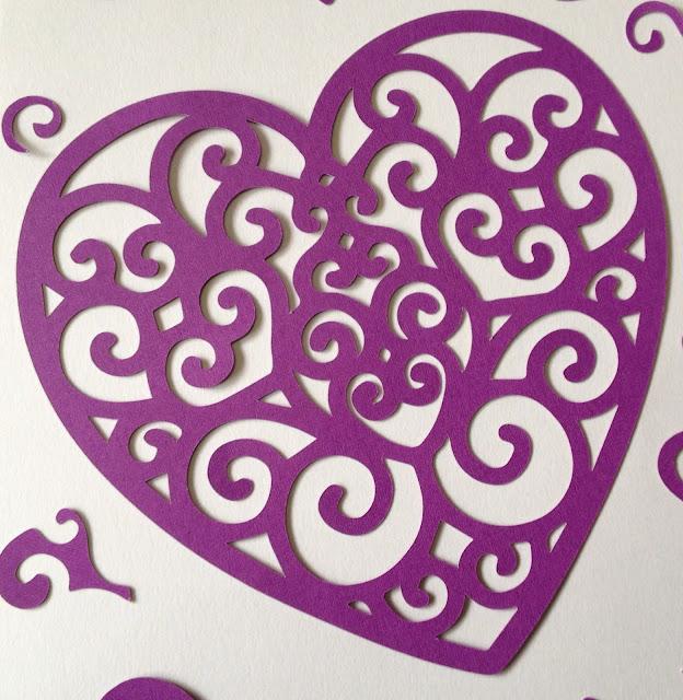 Corazón con arabescos.