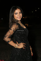 Sakshi Agarwal looks stunning in all black gown at 64th Jio Filmfare Awards South ~  Exclusive 145.JPG