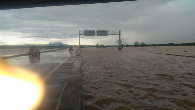 Mirip 'Tol Laut', Tol Ngawi-Kertosono Terendam Banjir