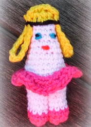http://translate.googleusercontent.com/translate_c?depth=1&hl=es&rurl=translate.google.es&sl=nl&tl=es&u=http://cute-amigurumi.blogspot.nl/2013/10/wasknijper-18-ballerina.html&usg=ALkJrhi65yI0NLOm2zrF2O9aZMPJOlADhg