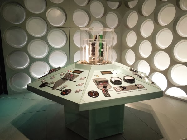 William Hartnell Doctor Who TARDIS MK1 control room