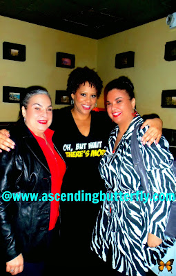 Actress Kim Coles poses with fans during post performance meet and great of one woman show Oh Wait But There's More at the West Bank Cafe Laurie Beechman Theatre in New York City