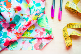 Como crear un vestido con un trozo de tela rápido y fácil costura