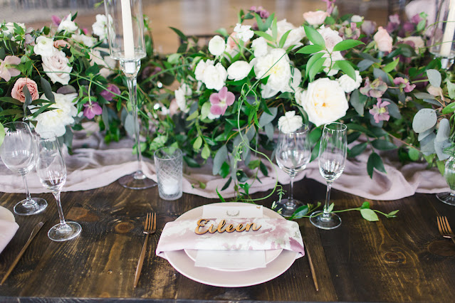 table setting and floral table runner blooms