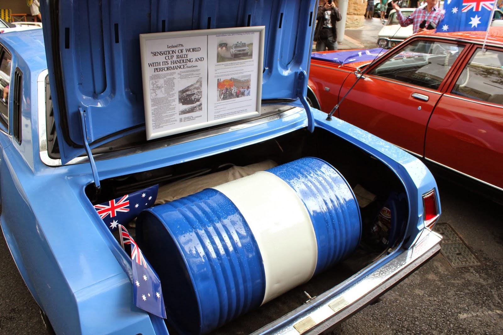 Aussie Old Parked Cars Leyland P76
