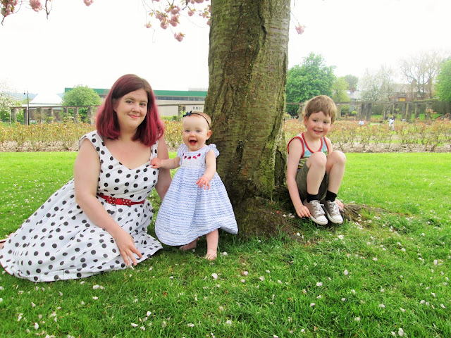 Playing Under the same blossom tree in spring with D and Baby S at the botanical gardens. (our Mummy and Me Photo for May)