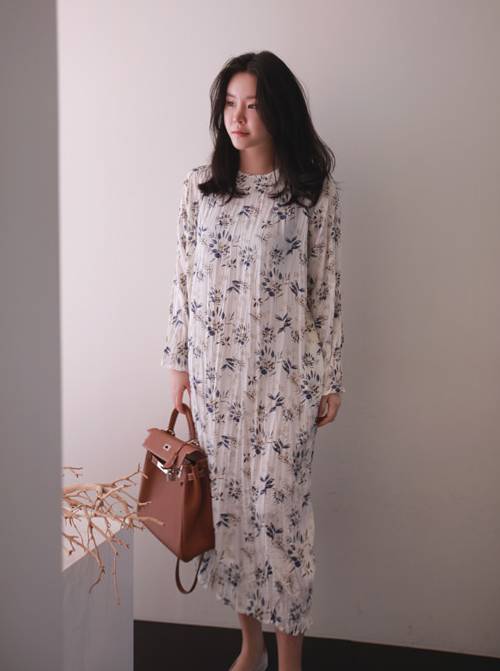Floral Long Sleeve Midi Dress