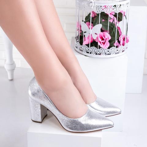 Pantofi cu toc gros comozi eleganti argintii