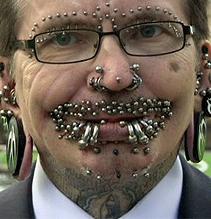 Asdf Nuevo Record Mundial El Hombre Con Mas Piercings