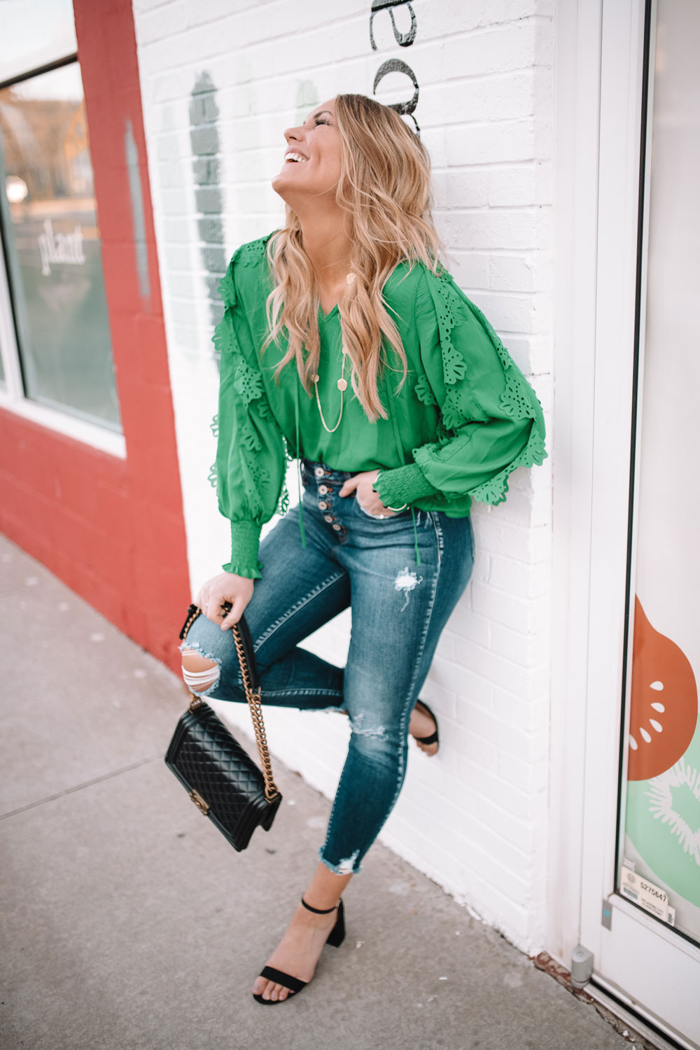 Blogger Amanda's OK shares how to pair green and gold