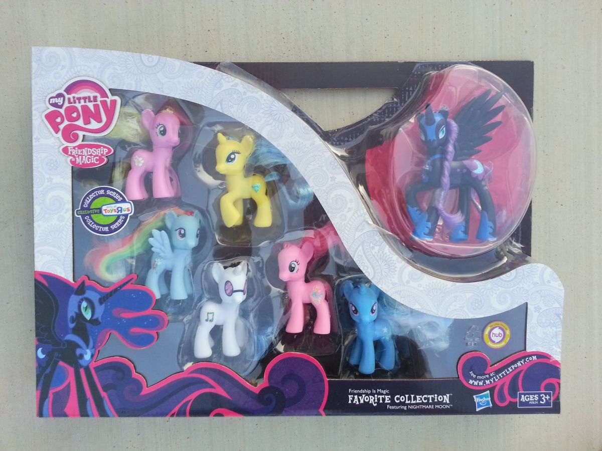 equestria daily mlp stuff toy review toys r 39 us exclusive favorite collection. Black Bedroom Furniture Sets. Home Design Ideas