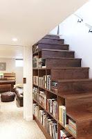 Ideas para ahorrar espacio debajo de la escalera libros