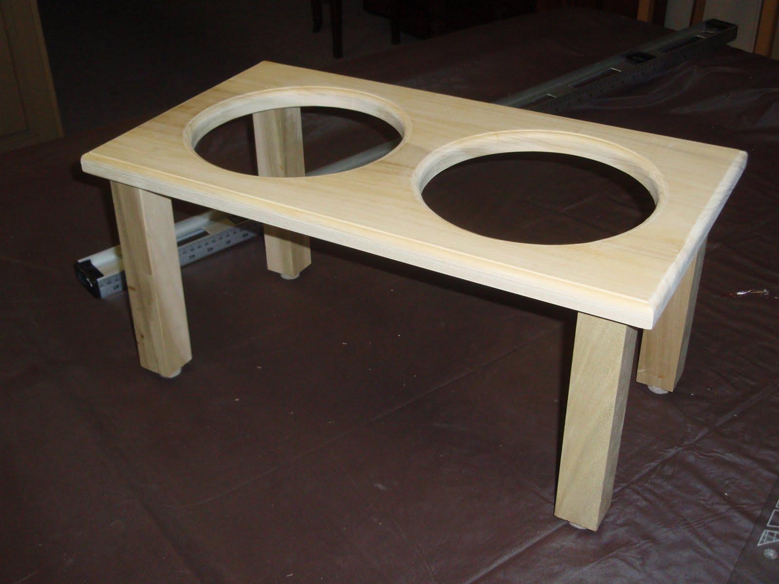 Wood Work Mann: Ruby's Dog Bowl Stand - photo#46