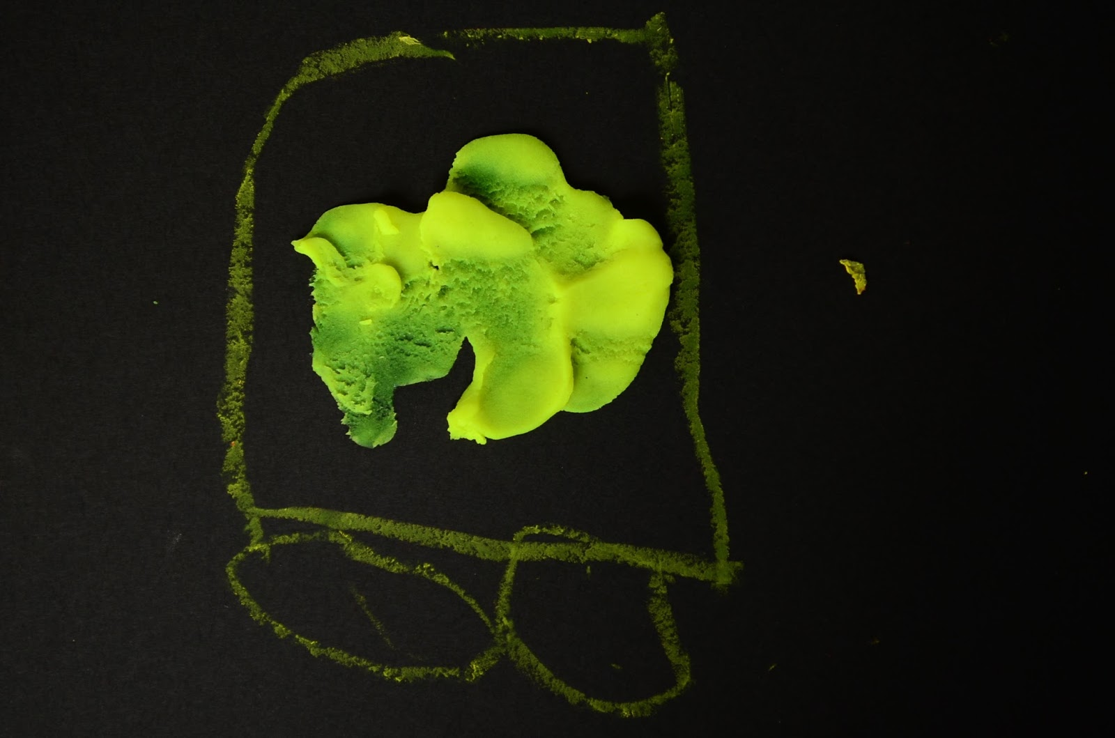 The Practical Mom: Art with Playdoh & Powder