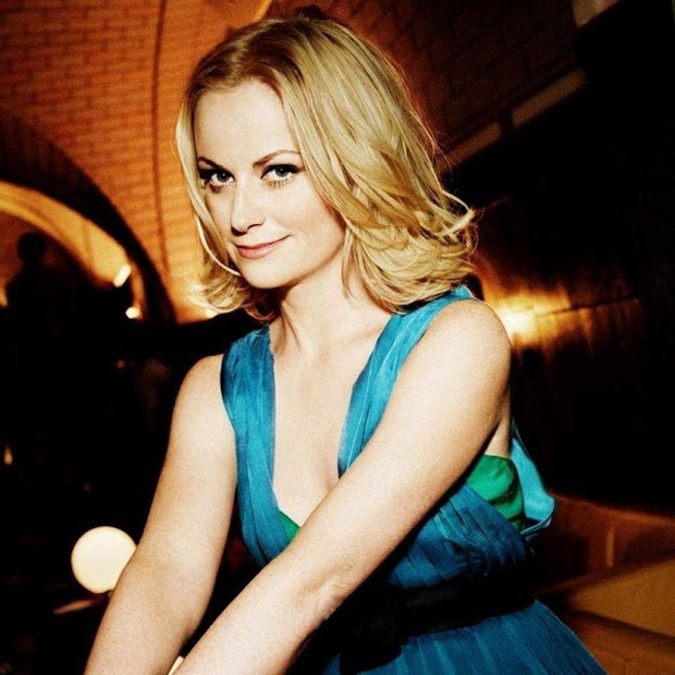 Amy Poehler Biography Famous Biographies