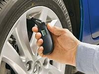 Pentingnya Mengecek Tekanan Angin Pada Ban Mobil Anda