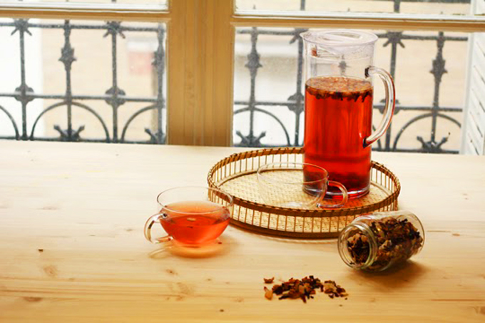 cold brew fruit tea http://www.archieandtherug.com/2015/04/cold-brew-ice-tea-pina-colada-style.html