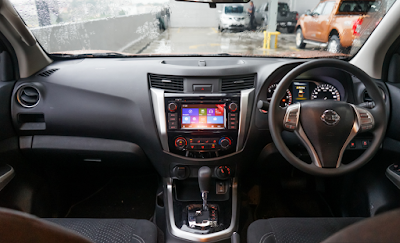 Interior Nissan Navara NP300